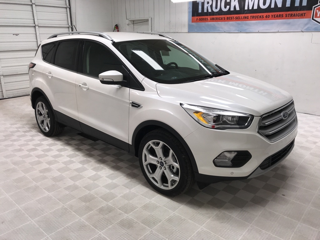 New 2018 Ford Escape Anium