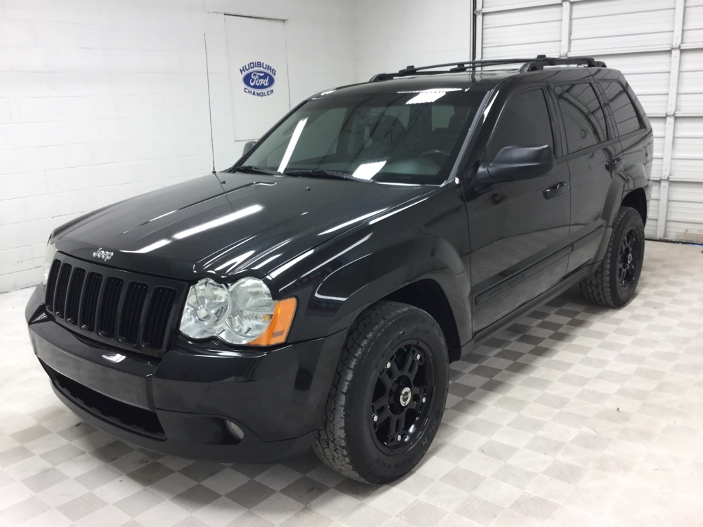 pre-owned 2009 jeep grand cherokee laredo 4d sport utility in